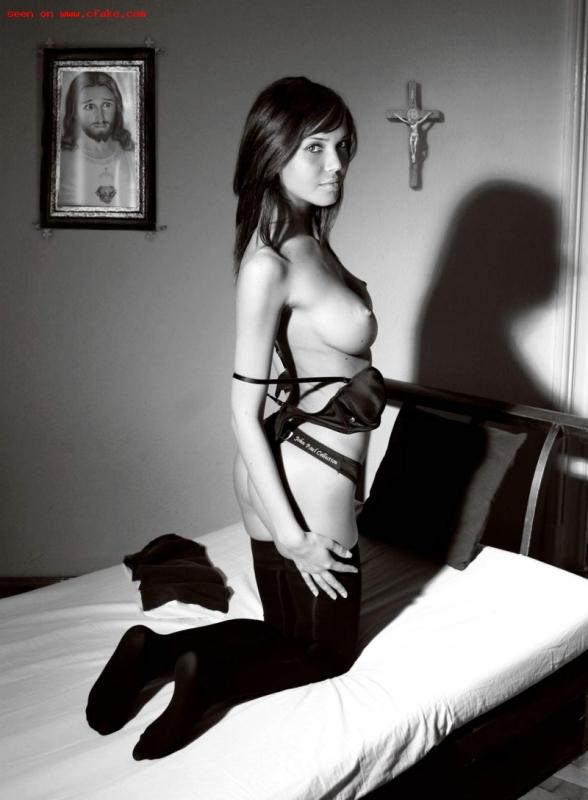 Mandy Moore Nun Fake XXX images
