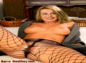 Nackt anne fakes gesthuysen Claudia Kleinert