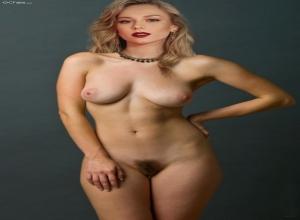 Ester expósito nackt