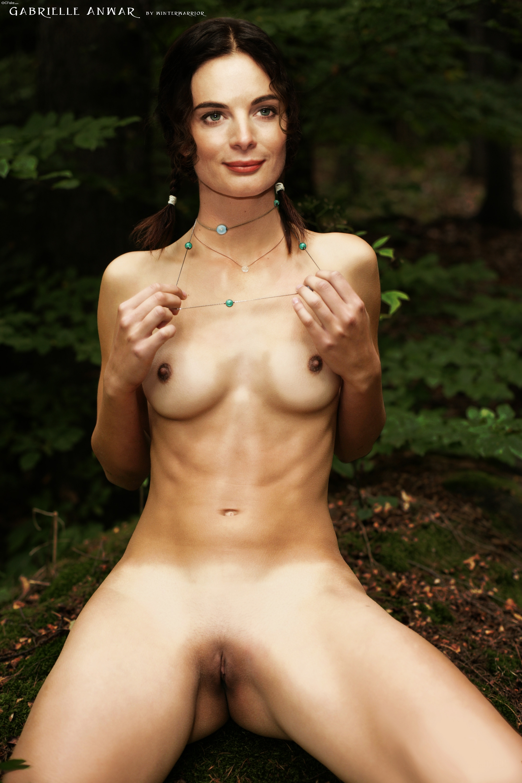 Has gabrielle anwar ever been nude